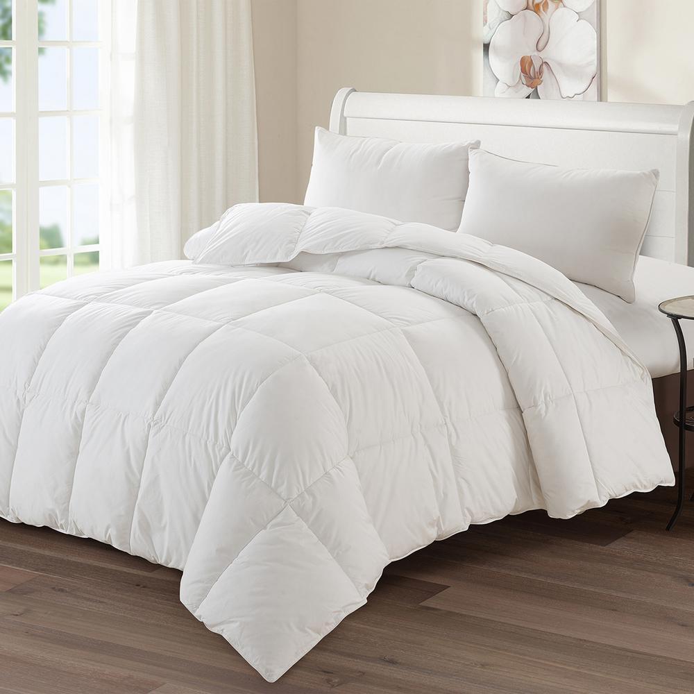 "Luxury Goose Down Medium Warmth Comforter, King (104"" x 88"")"