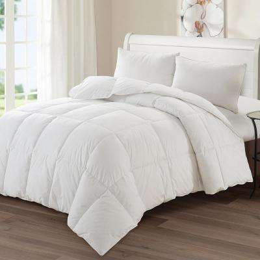 Luxury Goose 88 in. x 88 in. Queen Down Medium Warmth Comforter