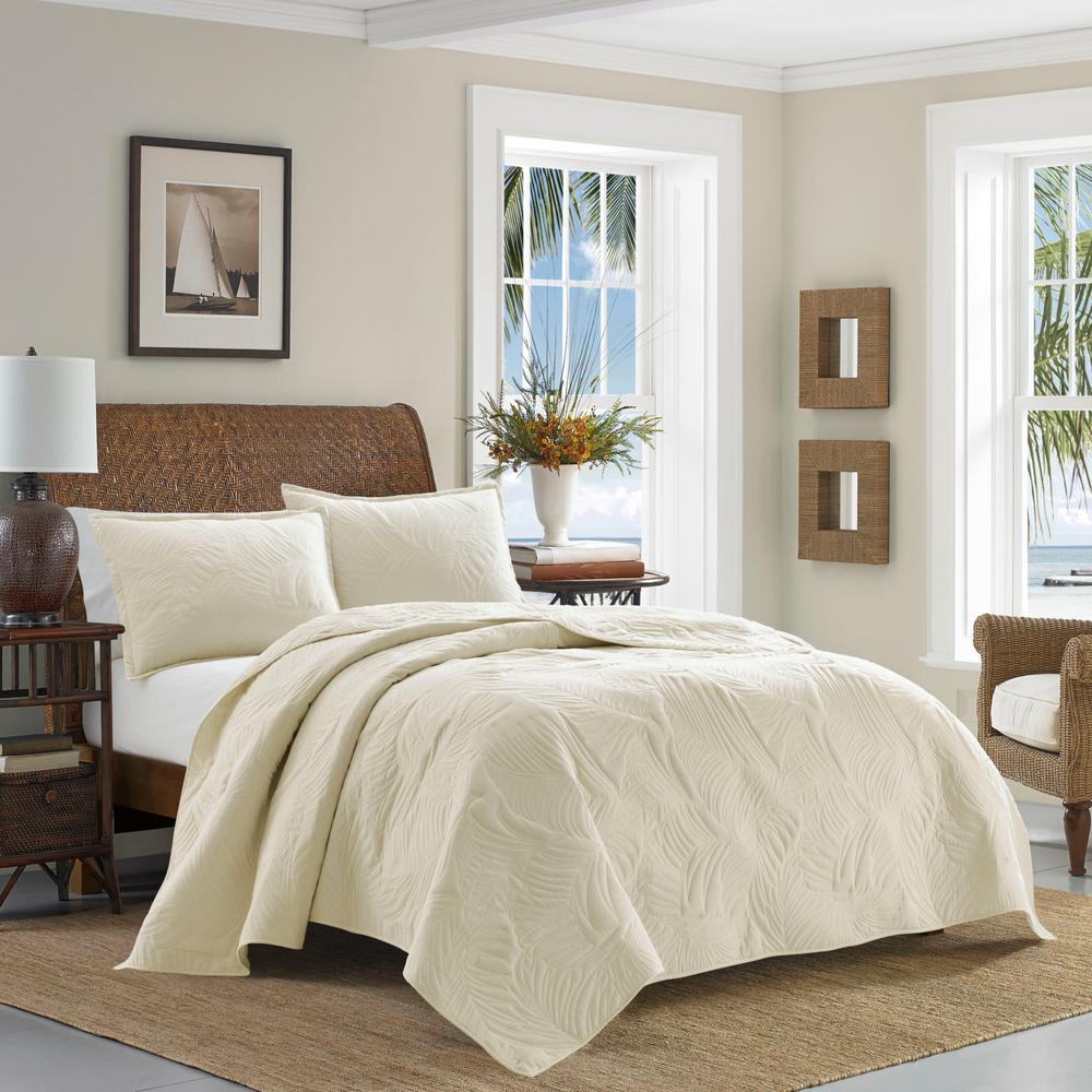 TB Solid Paradise Fronds 3-Piece Beige Cotton King Quilt Set