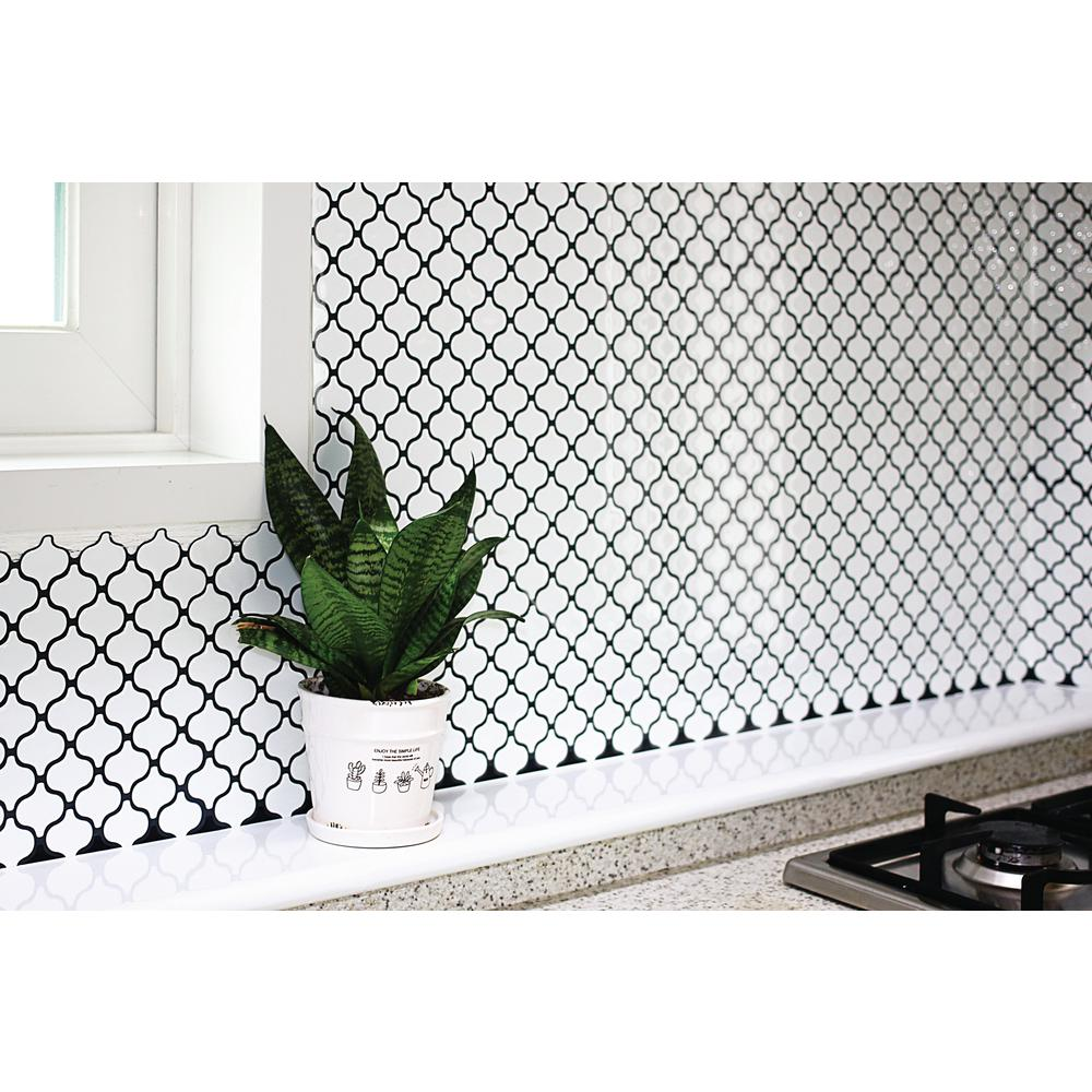Tic Tac Tiles Damask 10 In W X H White L And