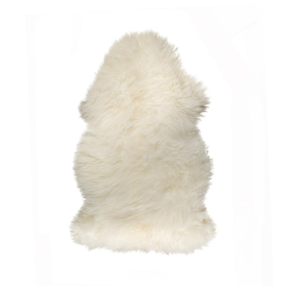 New Zealand Natural 2 Ft. X 3 Ft. Single Sheepskin Area Rug by Natural
