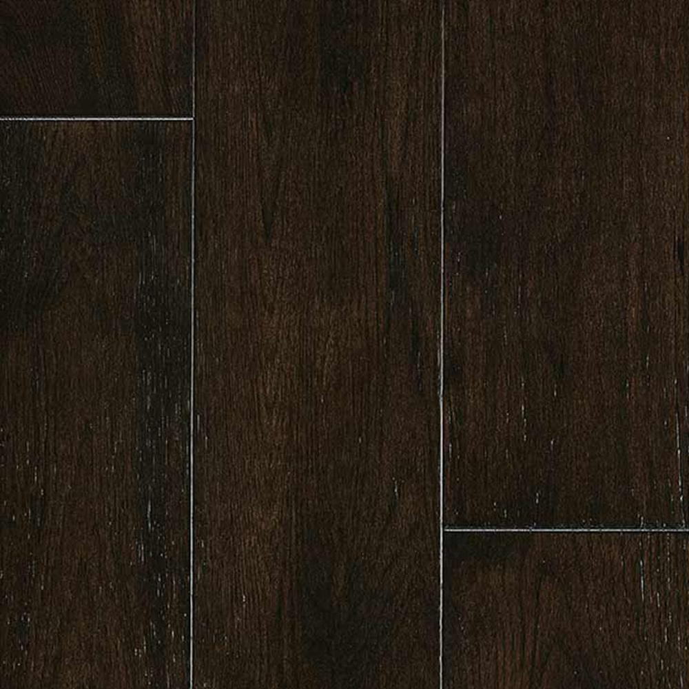 Malibu Wide Plank Hickory Wadell Creek 1 2 In Thick X 7 1 2 In Wide X Varying Length Engineered Hardwood Flooring 932 4 Sq Ft Pallet Hdmptg008efp The Home Depot