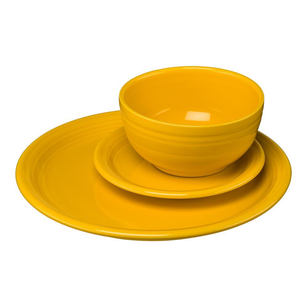 3-Piece Casual Daffodil Ceramic Dinnerware Set (Service for 1)