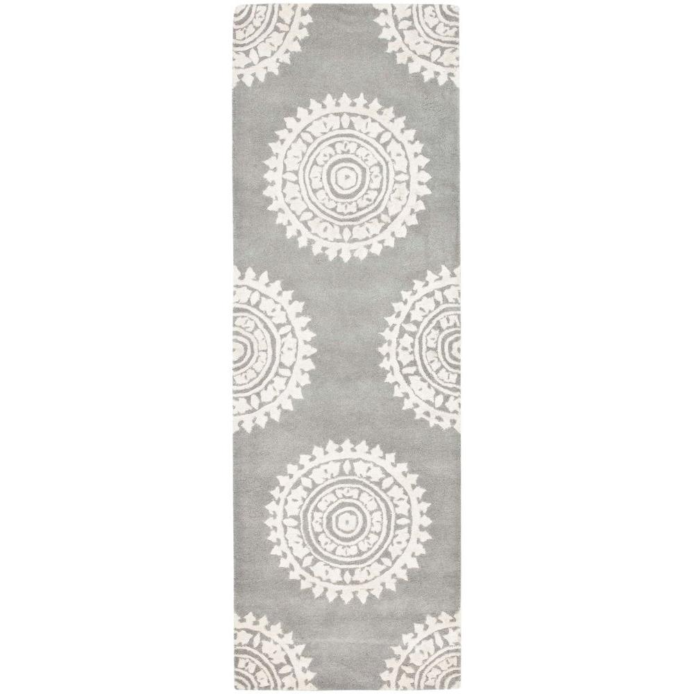 Safavieh Soho Light Grey/Ivory 2 Ft. 6 In. X 14 Ft.