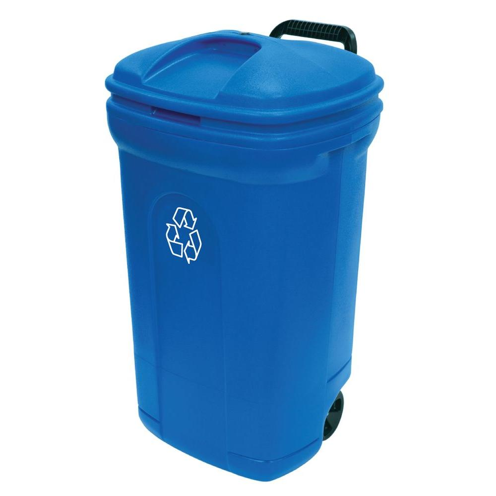 34 gal wheeled outdoor trash can in recycling blue