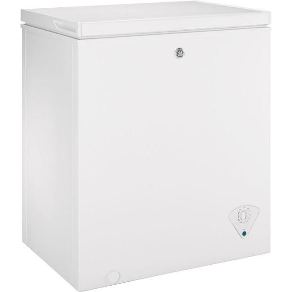 Ge Garage Ready 5 0 Cu Ft Manual Defrost Chest Freezer In White Fcm5skww The Home Depot