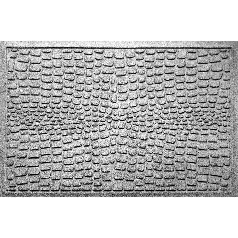 Alligator Medium Gray 24 in x 36 in Polypropylene Door Mat