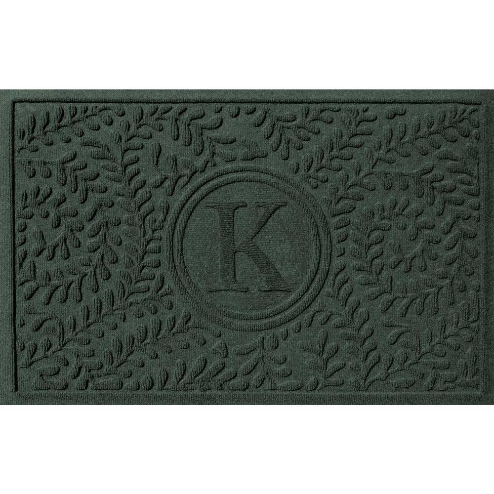 Boxwood Evergreen 24 in. x 36 in. Monogram K Door Mat