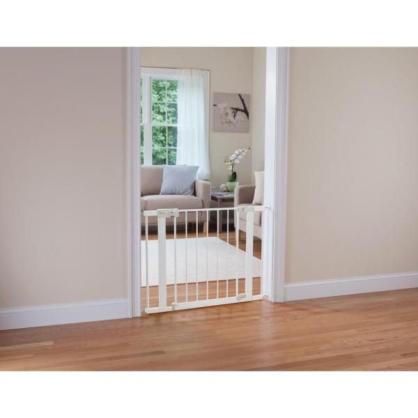 doorway Walk Thru Safety Auto Close Gate LIVINGbasics Baby Safety Gate bottom of stairs 71 * 76 * 2.5 CM Great for hallway