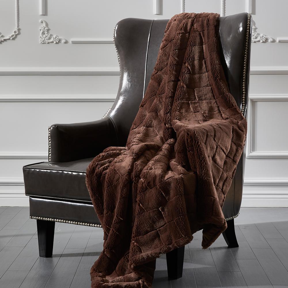 Sculpted Fur Brown Brick Design Faux Fur Throw