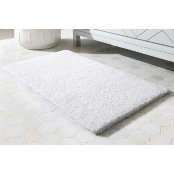 Home Decorators Collection White 24 in. x 40 in. Cotton Reversible