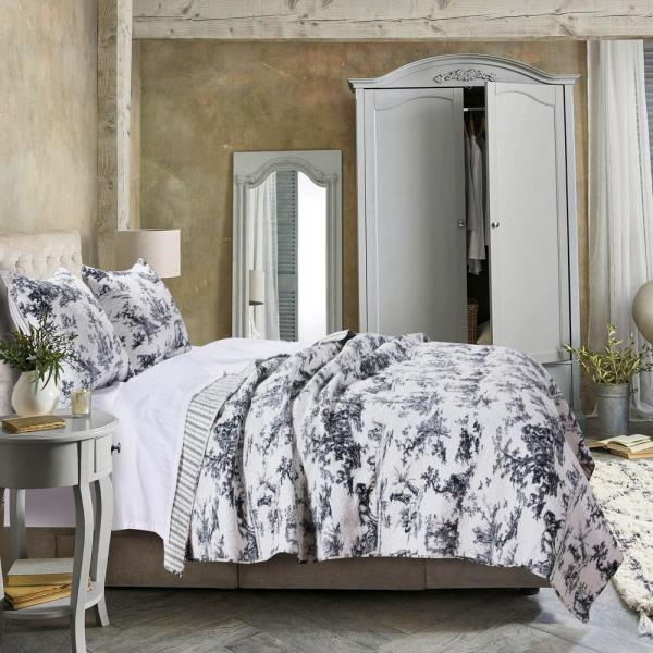 Greenland Home Fashions Classic Toile 3-Piece Black Full/Queen Quilt Set