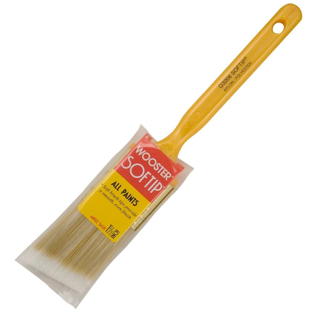 Wooster 1-1/2 in. Softip Angle Sash Brush