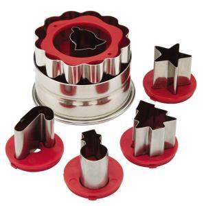 Click here to buy Cake Boss Decorating Tools 6-Piece Red Holiday Linzer Cookie Cutter Set by Cake Boss.
