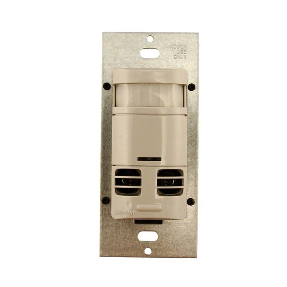 Dual-Relay Multi-Technology Wall Switch Motion, Gray