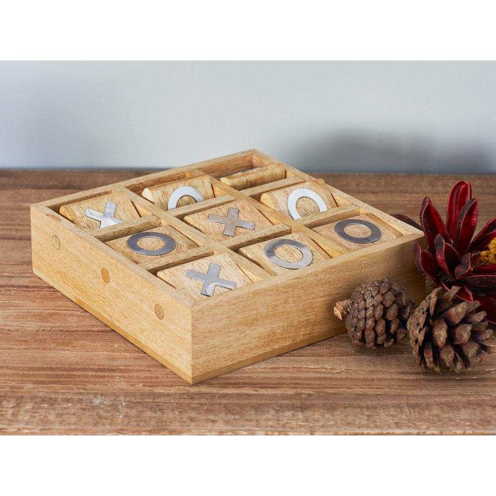 Litton Lane Beige Wood And Aluminum Tic Tac Toe Set 19110 The Home