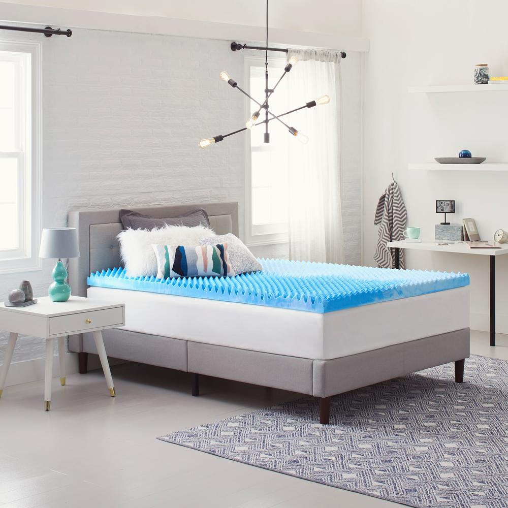Comfort Revolution 4 In Reversible Convoluted Queen Size Memory Foam Mattress Topper F02 00185 Qn0 The Home Depot
