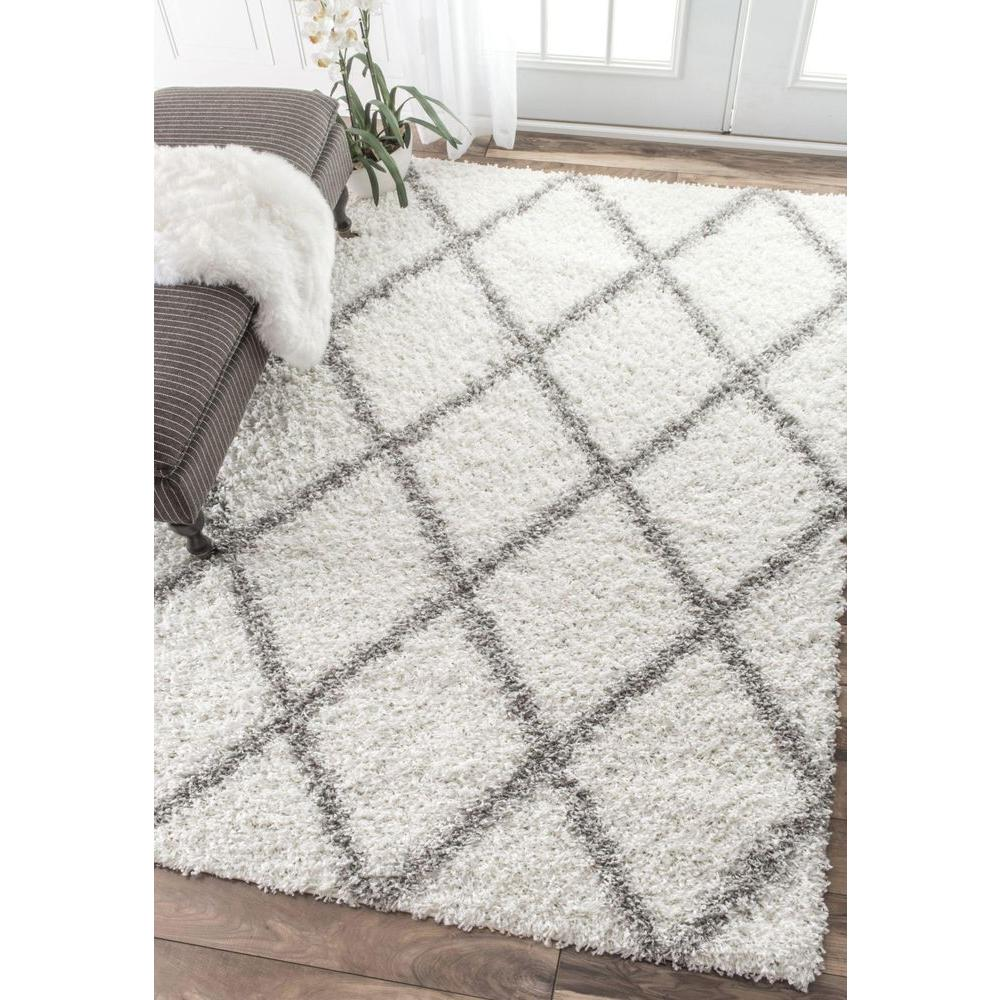 Nuloom Shanna Geometric Shag White 5 Ft X 8 Area Rug