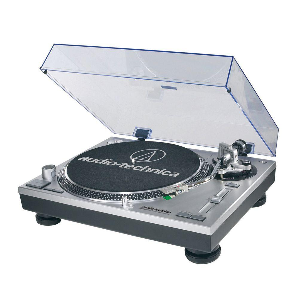 150-Volt Fully Automatic Belt-Drive Turntable with USB Output