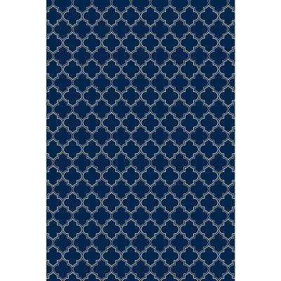 Quaterfoil Design 2ft x 3ft blue & white Indoor/Outdoor vinyl rug.