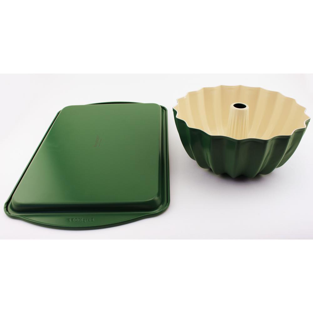 CooknCo 2-Piece Green Cookie Sheet and Bundt Pan Set