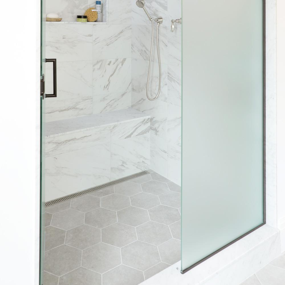 Merola Tile Traffic Hex Silver 8 5 In