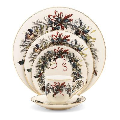 Winter Greetings Bone China Dinnerware Set (5-Piece)