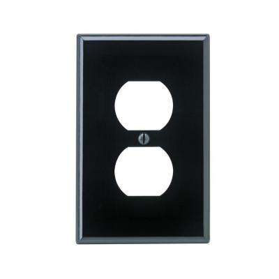 1-Gang Midway Duplex Outlet Nylon Wall Plate, Black