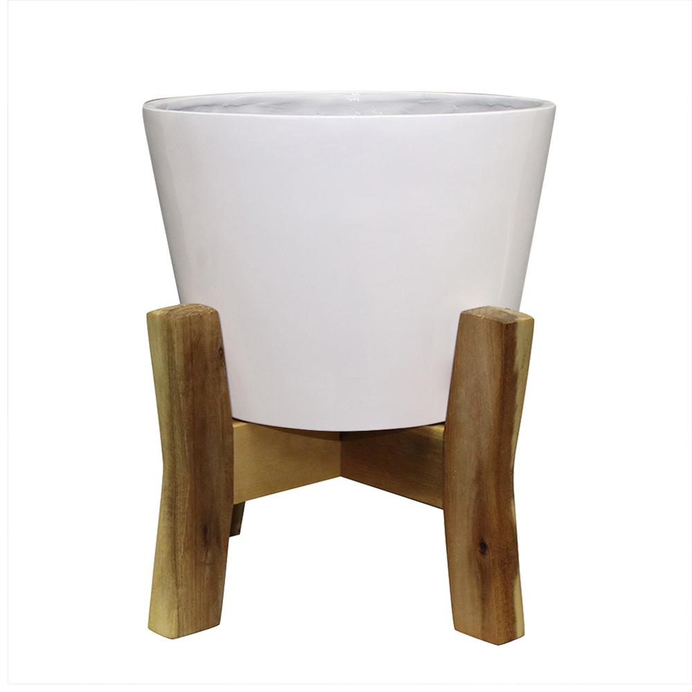 Southern Patio Contemporary 16 in. W x 19.87 in. H Plastic Planter with Wood Stand
