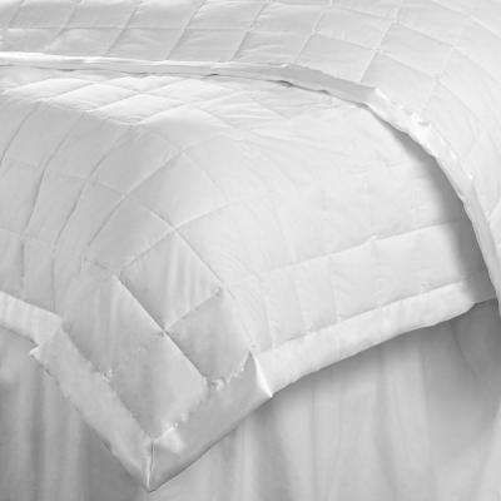 Down Alternative Light Weight White Twin Quilt