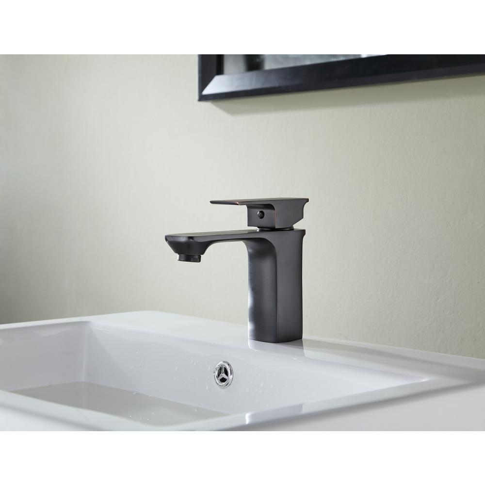 Promenade Single Hole Single-Handle Bathroom Faucet in Oil Rubbed Bronze