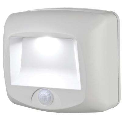Wireless White Outdoor Motion Sensing Step Deck Light