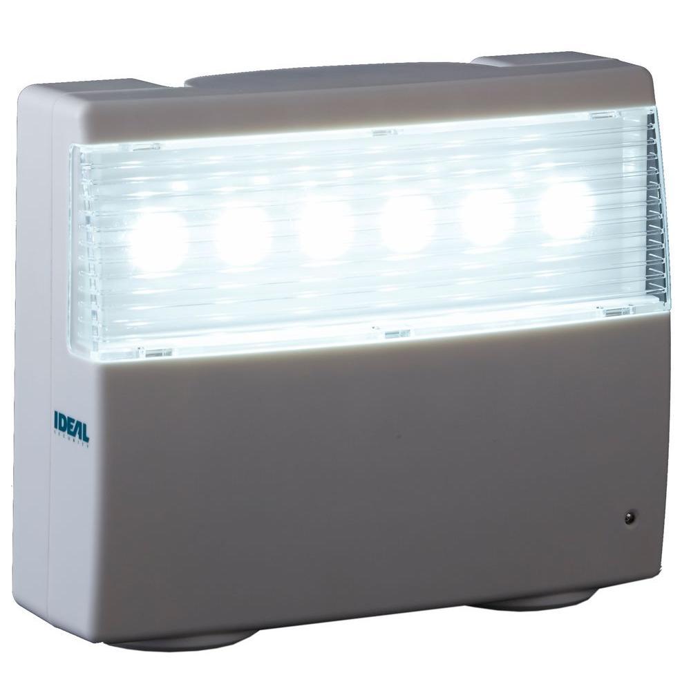 Ideal Security 6 Bulb High Output Long Life Failure Led Light Fixture