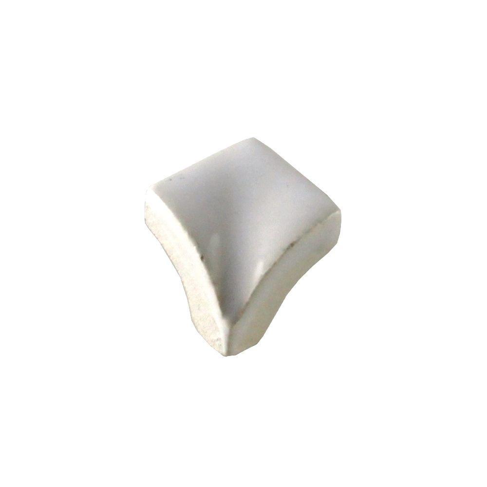 Daltile Semi-Gloss White 3/4 in. x 3/4 in. Quarter Round Corner Glazed Ceramic Wall Tile-DISCONTINUED