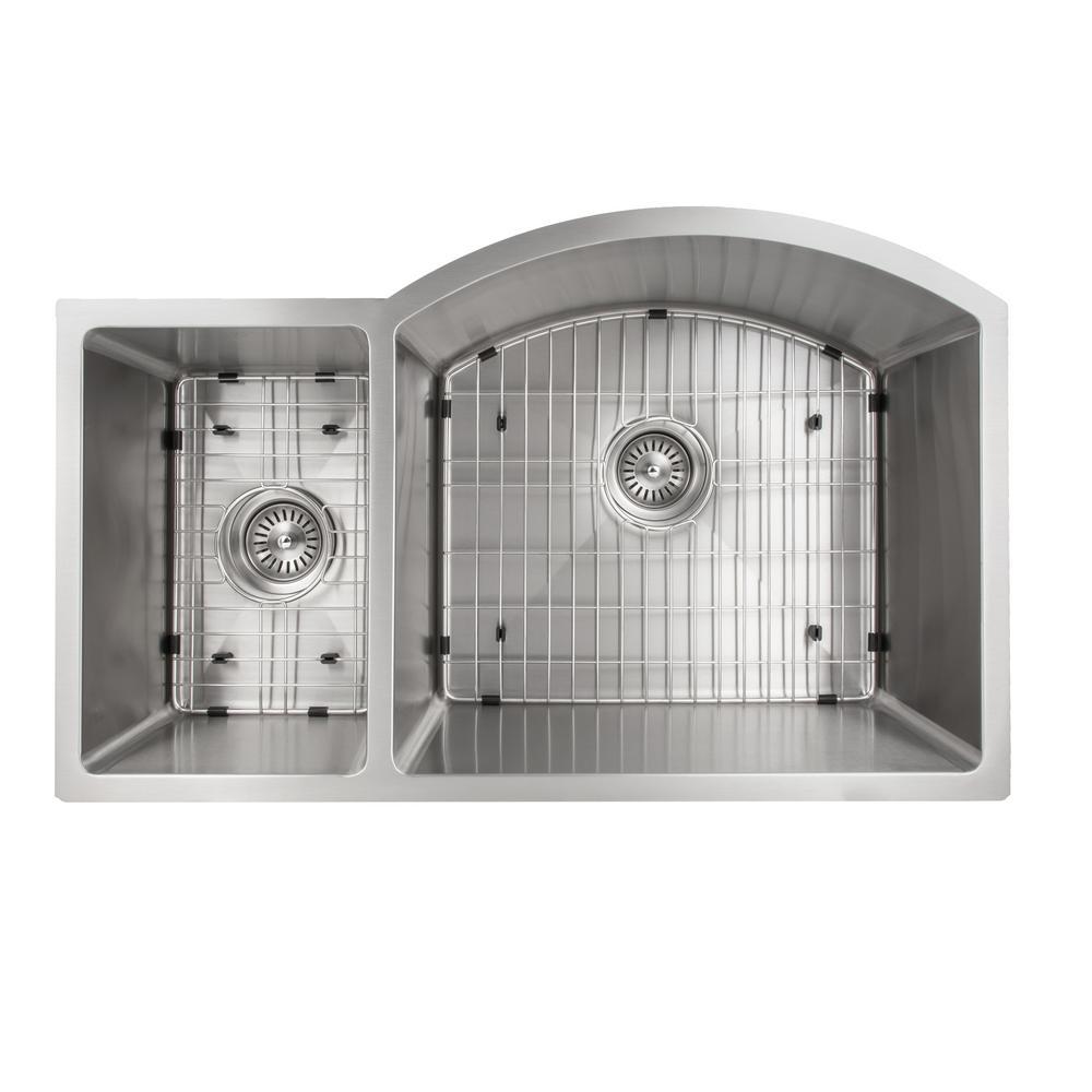 Gateway 33 in. Undermount Double Bowl Kitchen Sink in Stainless Steel