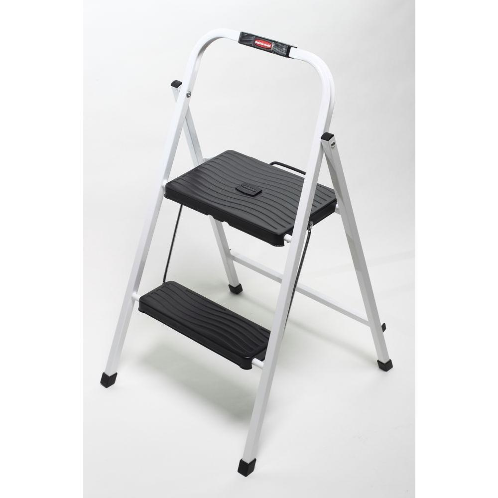 Rubbermaid 2-Step Lightweight Step Stool-DISCONTINUED