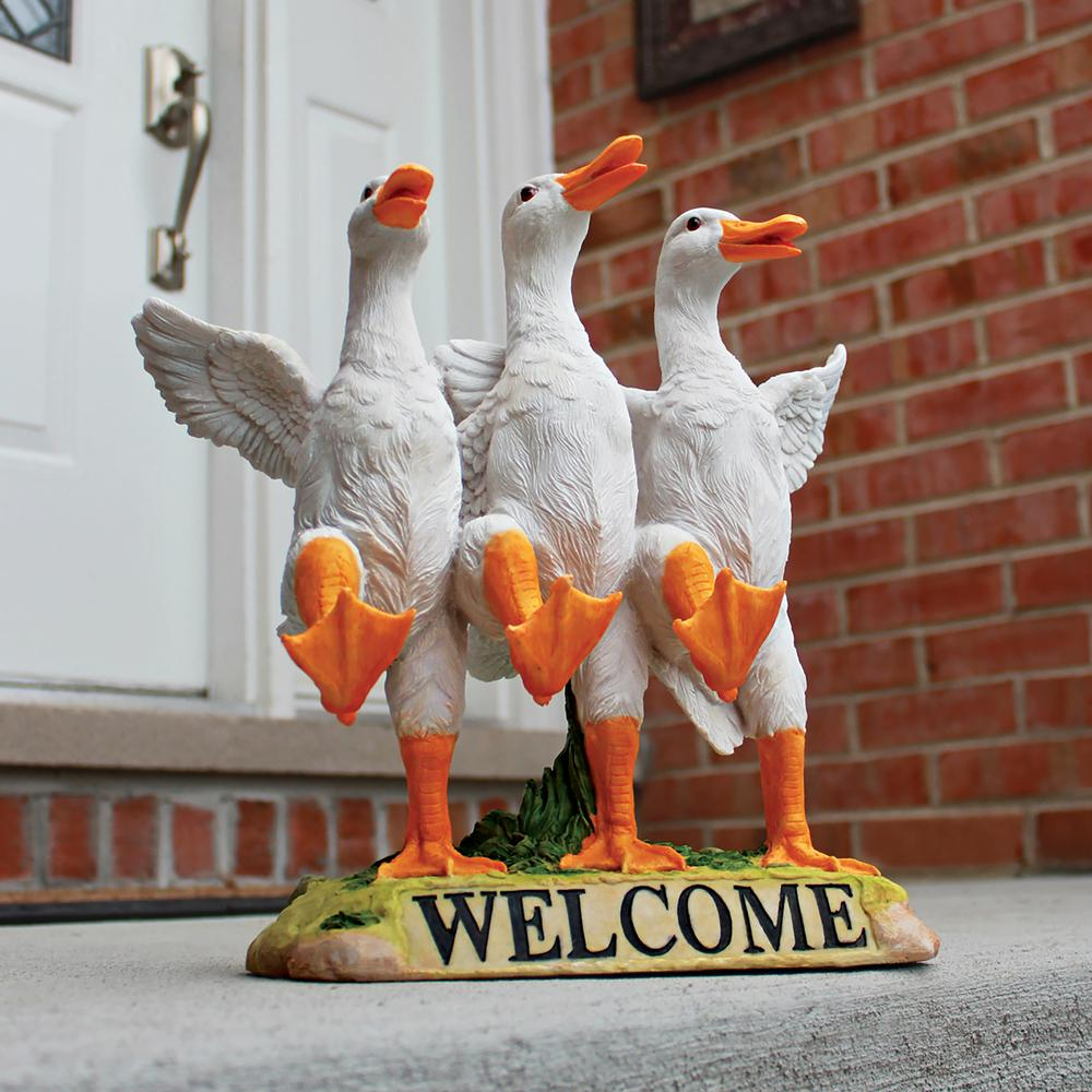 Design Toscano 11 5 In H Delightful Dancing Ducks Welcome Sign Statue Jq6260 The Home Depot