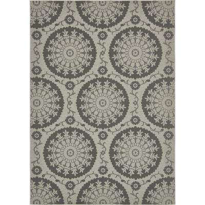 Outdoor Medallion Gray 8' 0 x 11' 4 Area Rug