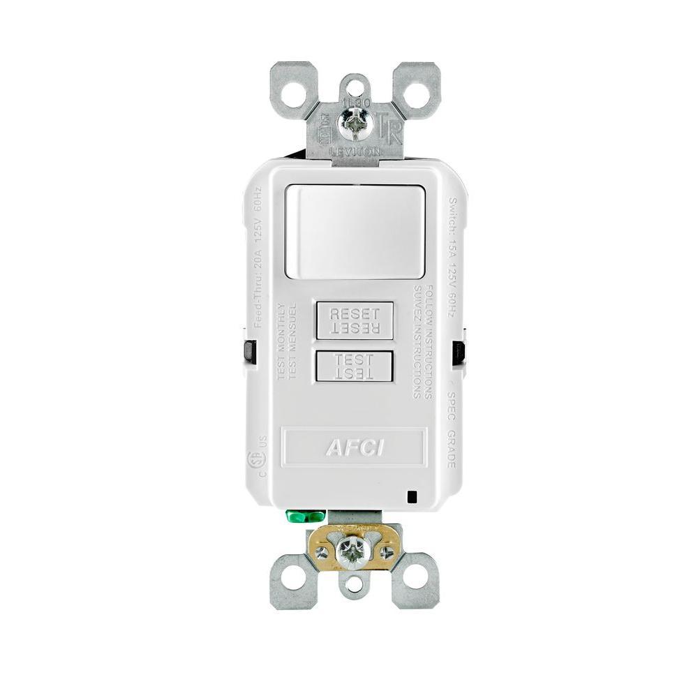 Leviton SmartlockPro 15 Amp 125-Volt Outlet Branch Circuit ...