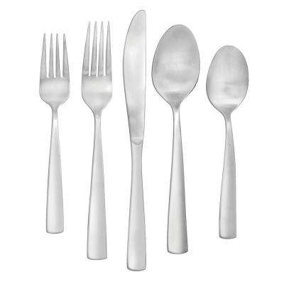Cayenne Satin 20-Piece Flatware Set
