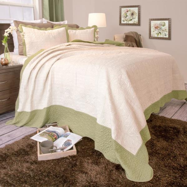 Lavish Home Jeana Embroidered Green Polyester Twin Quilt 66-10010-T