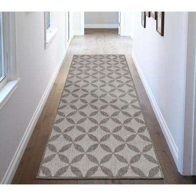 Jardin Collection Contemporary Star Design Gray 3 ft. x 7 ft. Outdoor Runner Rug