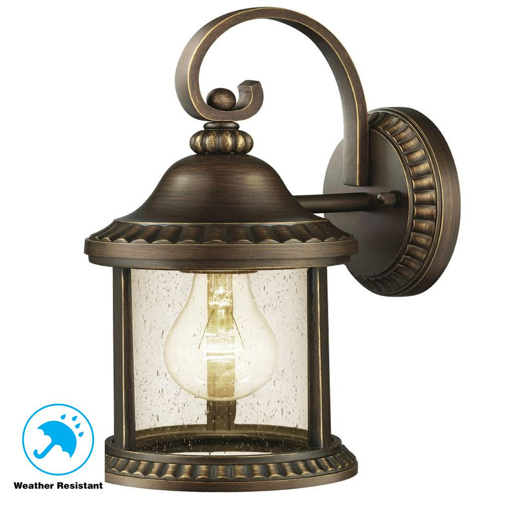 Cambridge Outdoor Essex Bronze Medium Wall Lantern