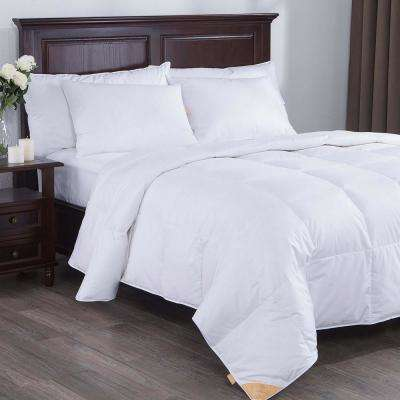 Lightweight White Goose Down Comforter Twin in White