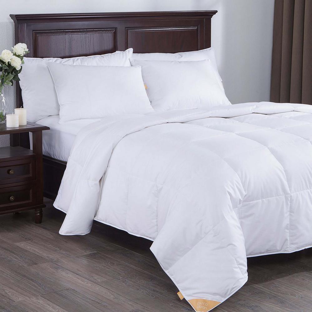 Lightweight White Goose Down Comforter King in White