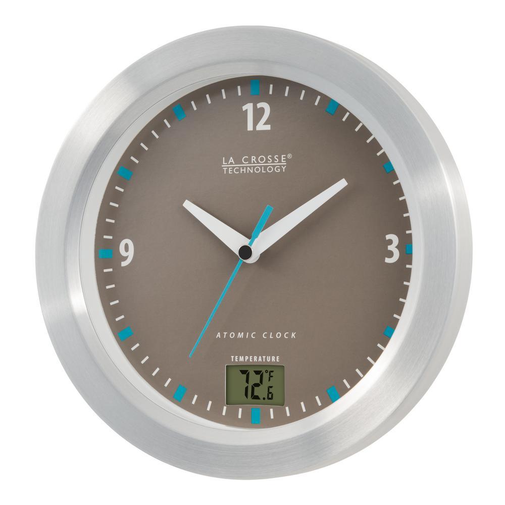 La Crosse Technology 7 5 Inch Round Atomic Bathroom Analog Clock