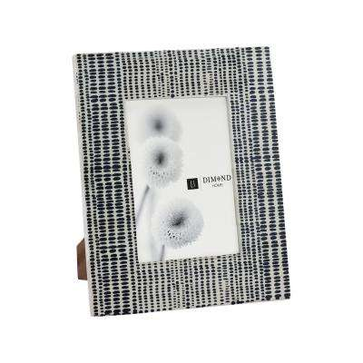 1-Opening 5 in. x 7 in. Sabratha Black and White Picture Frame
