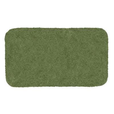Mohawk Home Royal Ivy 17 in. x 24 in. Nylon Machine Washable Bath Mat, Green