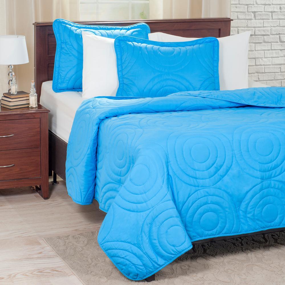 LavishHome Lavish Home Embossed Blue Polyester Twin Quilt