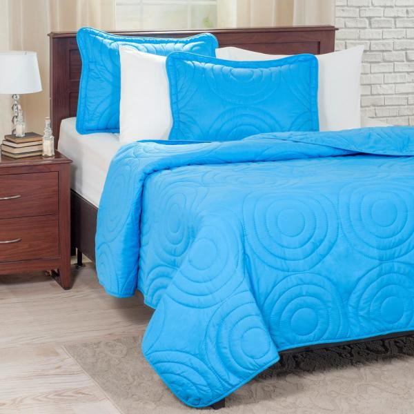 Lavish Home Embossed Blue Polyester Twin Quilt 66-41-T-B